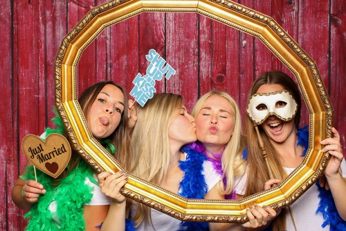 Photo Booth Hire Perth - Perth Photo Booth Hire